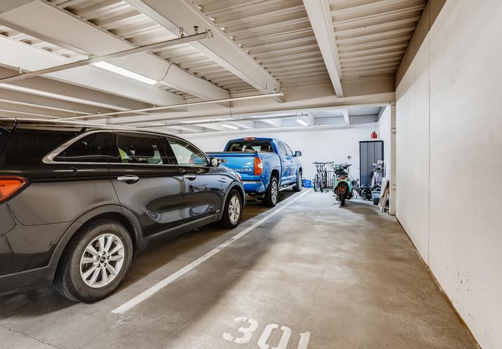58 Garage.jpg