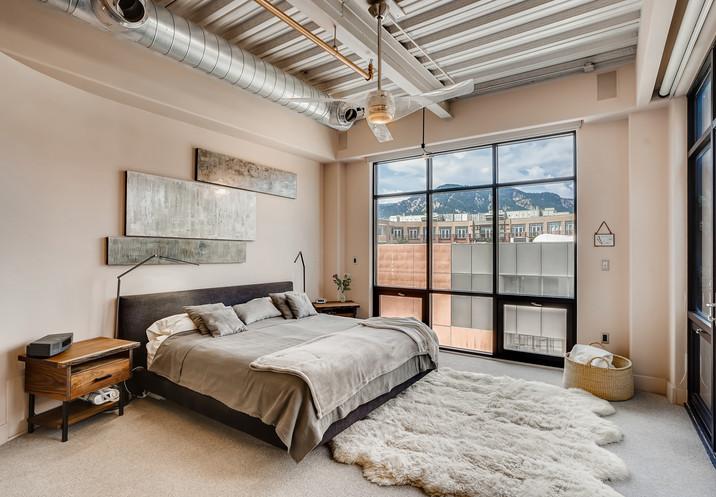 31 Primary Bedroom.jpg