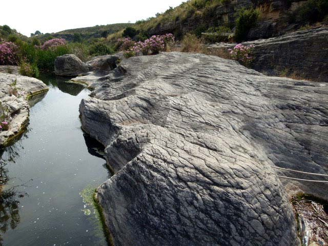 Rocas en Bolvonegro