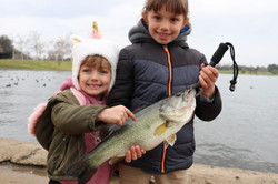 sisters catch a big largemouth