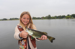 girl scouts fishing in los angeles