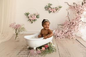 Séance bain de lait bébé