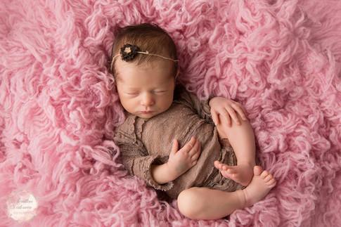 Photographe d'art en Sarthe- spécialisée nouveau né et femme enceinte- 72