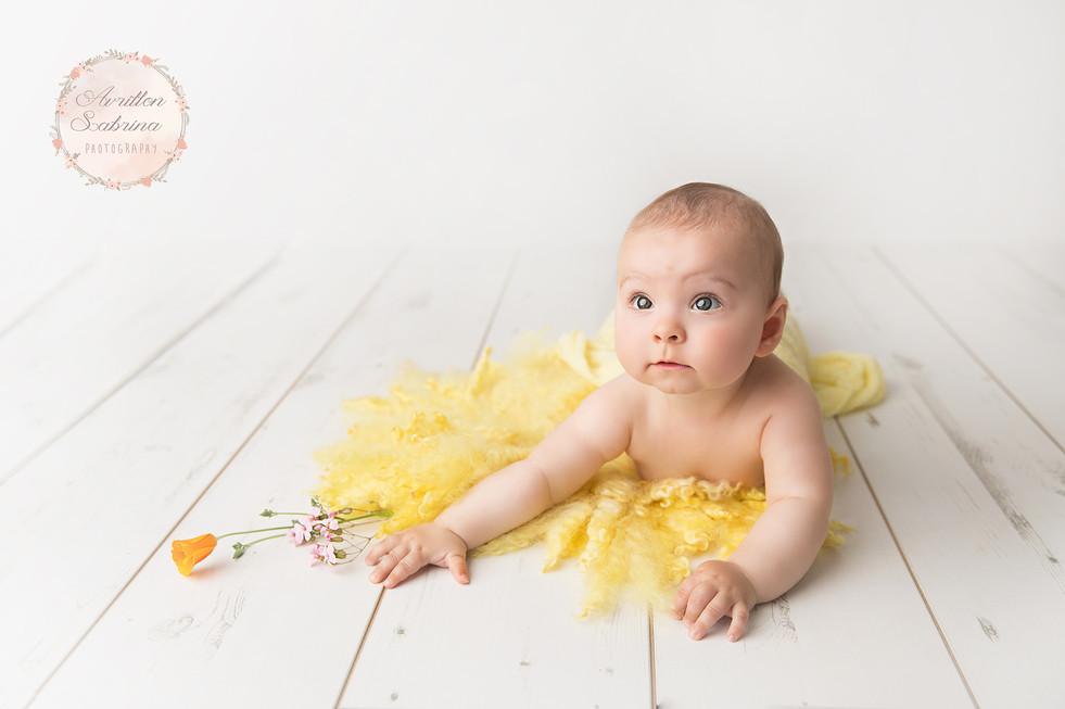 Photographe bébé Sarthe 72 - séance en studio 6-12 mois