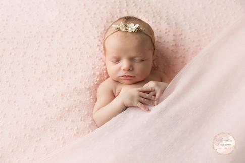 Photographe naissance en Sarthe- spécialisée naissance et grossesse- 72