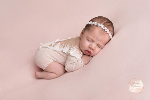 Photographe en Sarthe 72 - séance photo bébé en studio