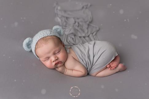 Photographe le mans en Sarthe 72 - séance photo naissance en studio