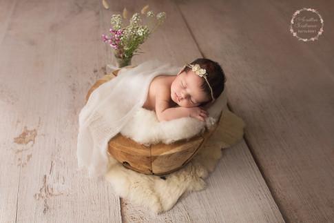 Photographe professionnelle au Mans dans la Sarthe - shooting photo bébé en studio