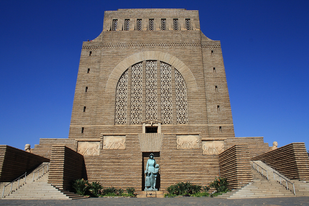 https://commons.wikimedia.org/wiki/File:Voortrekker_Monument_in_Pretoria.JPG