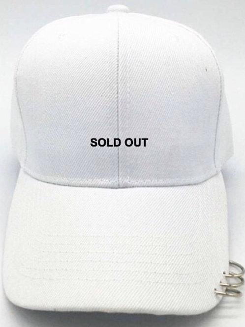 SOLD OUT Metalring White Cap