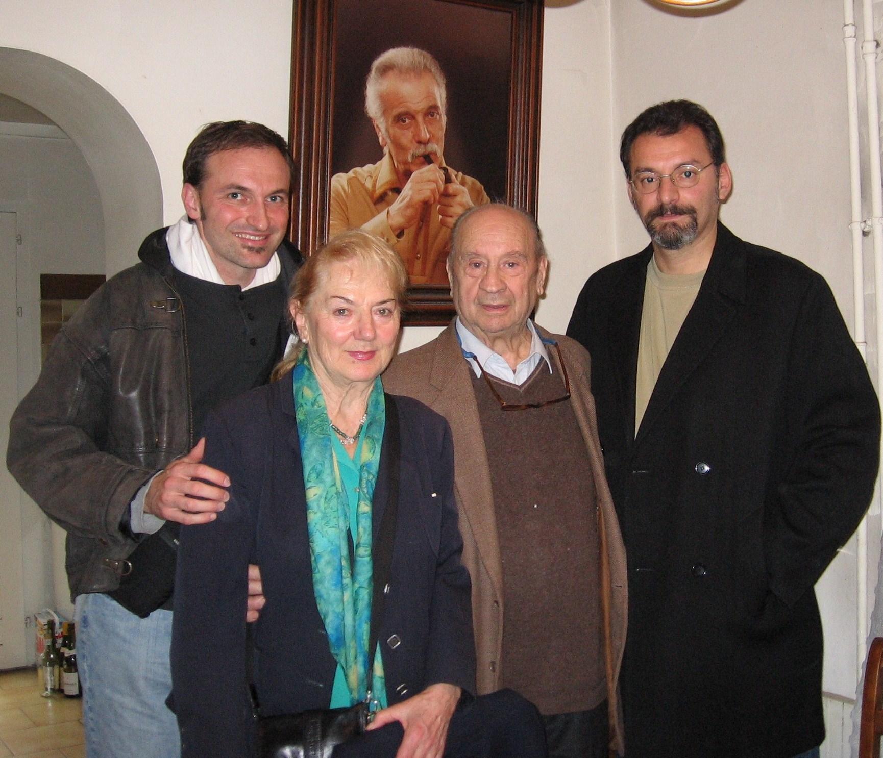 A Paris, chez Brassens, avec Gibraltar, Sophie et Bruno - Copie.jpg