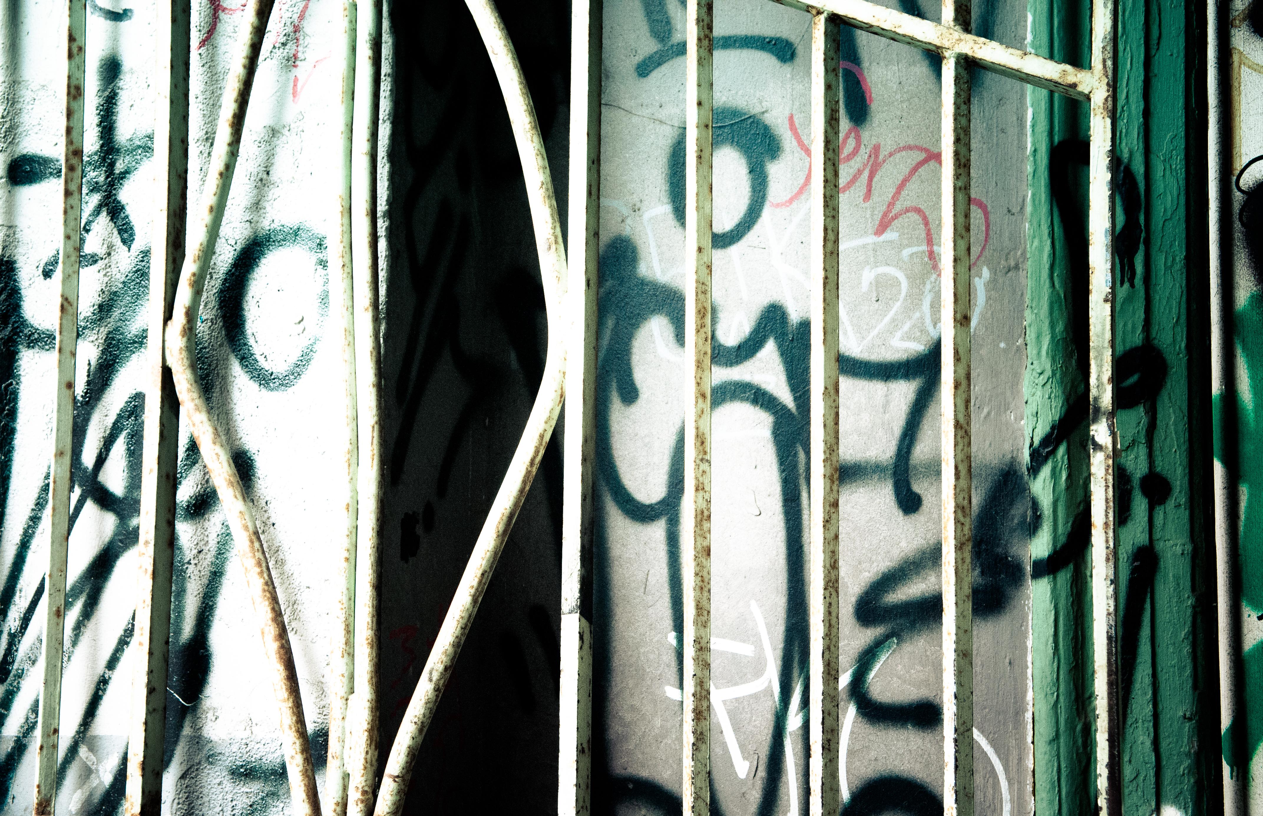 Urban Cracks 4