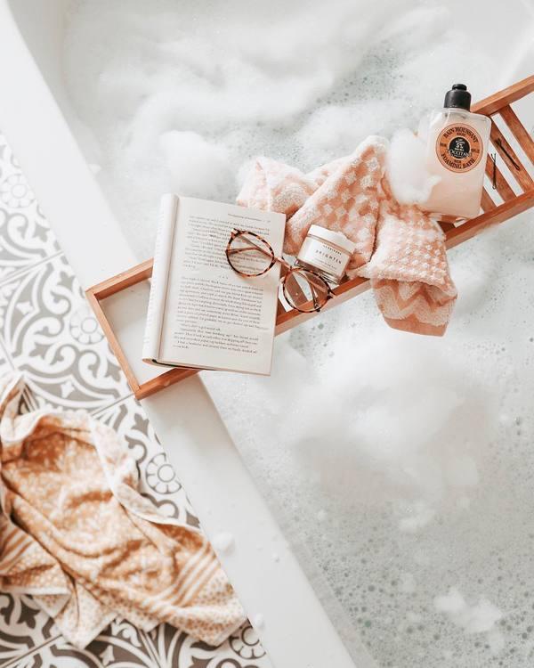 Giữ thói quen tắm rửa và thay đồ thường xuyên