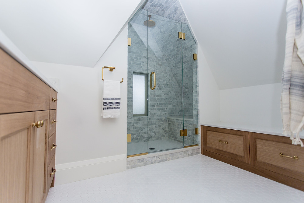 Using quartz for a bench inside and outside of your shower