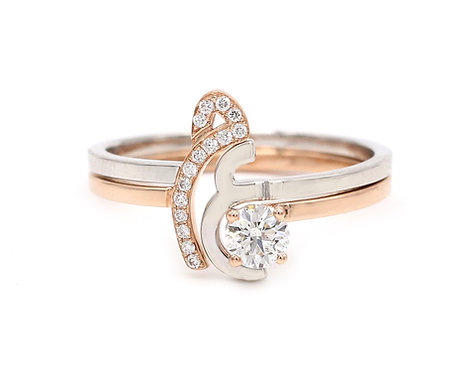 Duo Rings with a Diamond Solitaire