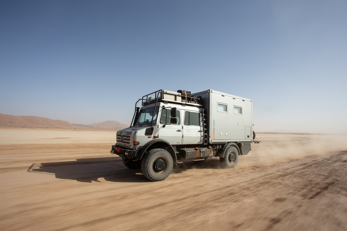Mercedes Benz Unimog U4000 with a Bliss Mobil unit