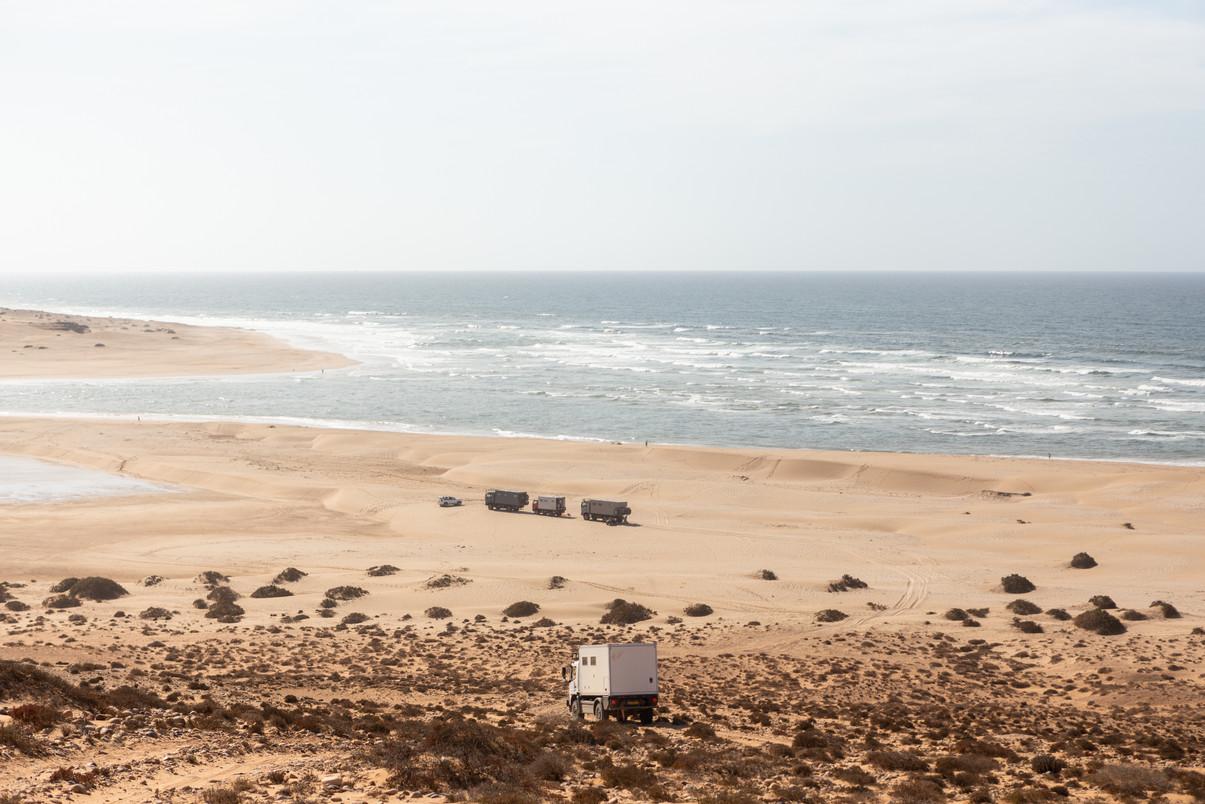 Bliss Mobil trucks on the beach
