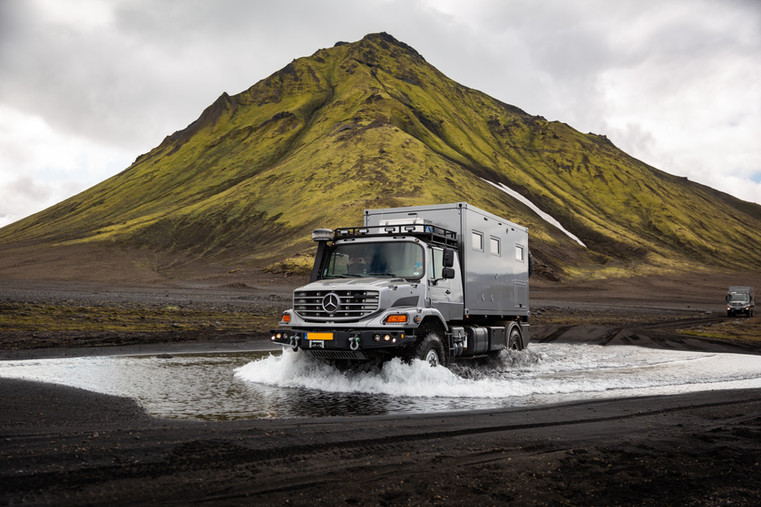 Mercedes Iceland - Benz Zetros with Bliss Mobil unit