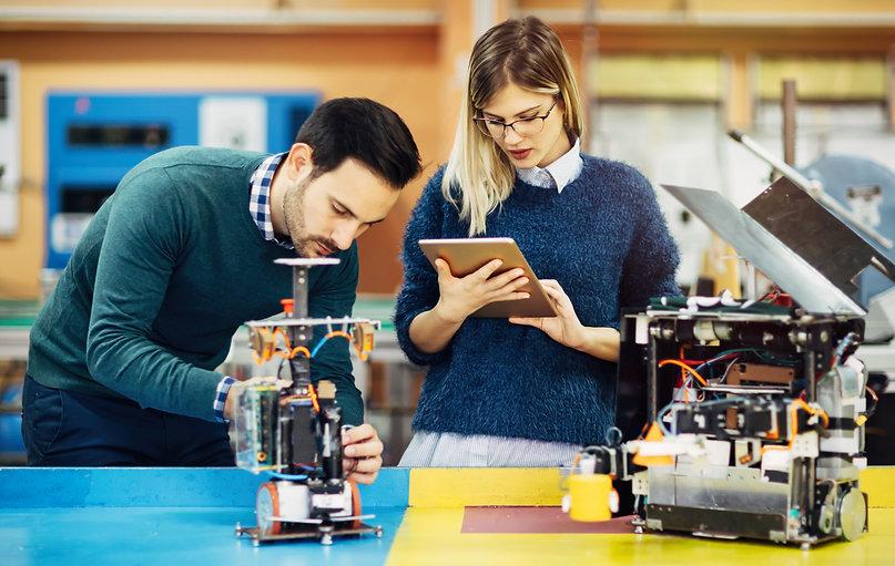 engineering-robotics-class-teamwork-2AJQ