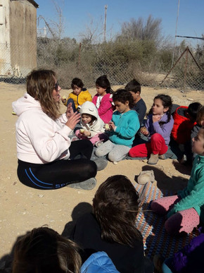 알론 유치원 담임 교사 로니 씨 인터뷰 - 아이들이 즐겁게 잘 놀게 하는 것이 나의 교육 철학