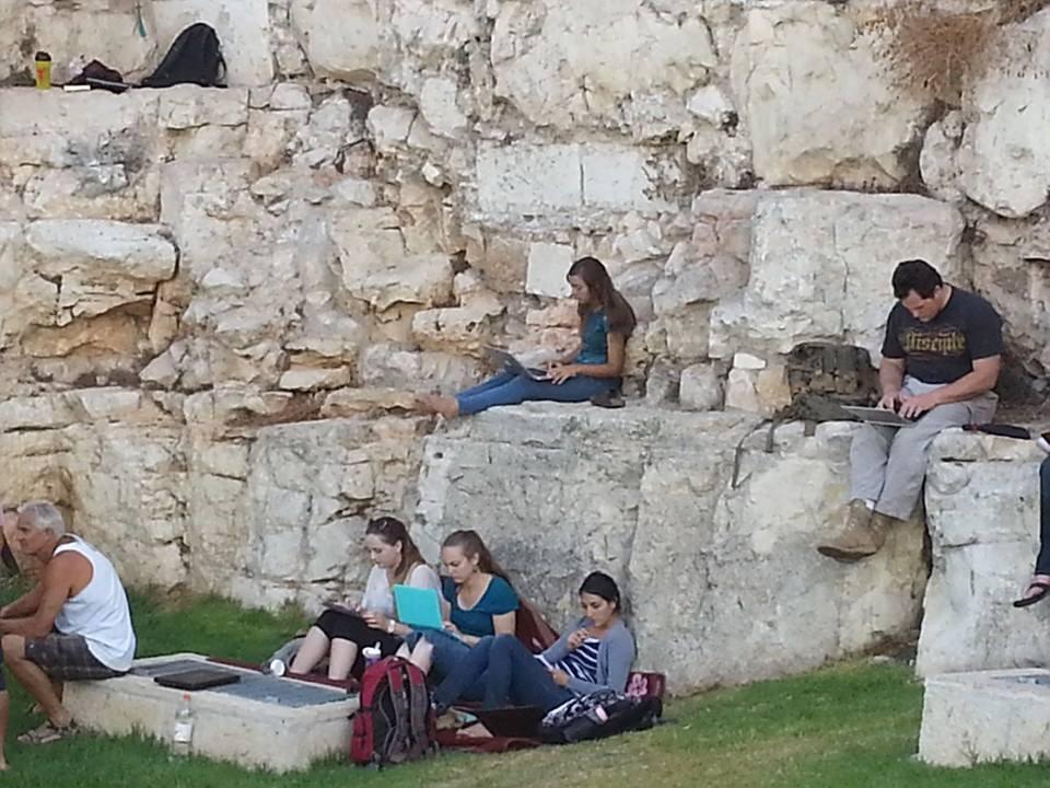 Free Wi-Fi at the Wall
