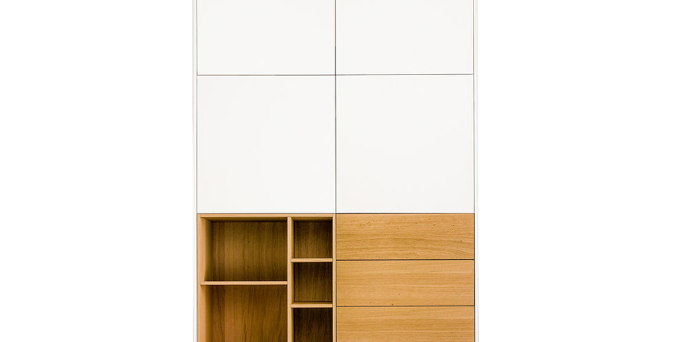 dulap dormitor cu 3 sertare lemn natur, nisa lemn natur si 4 usi albe