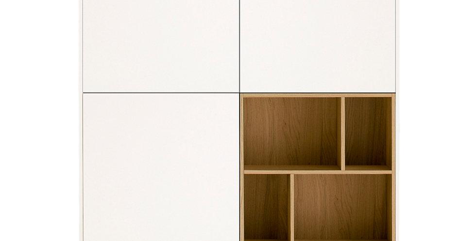 dulap alb atipic cu nisa lemn natur