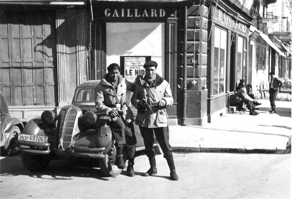Members of the Brigade Nord-Africaine (La Phalange) and of the Gestapo at the start of the Brehmer operations, late March 1944. (Collection Patrice Rolli/Archives Départementales de la Haute-Vienne)