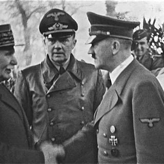 02 Petain-and-Hitler.jpg