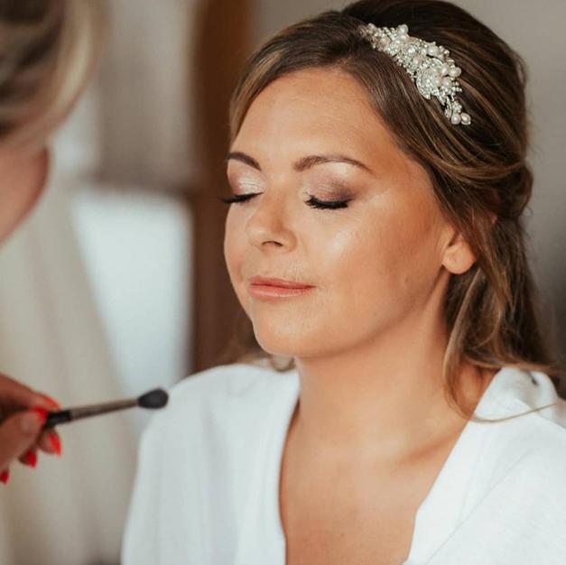 Jennifer McLachlan Makeup Artist