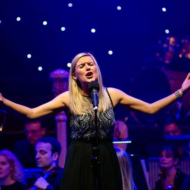 Fiona Mackenzie - Wedding & Events singer