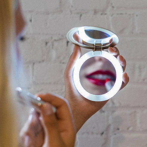 Pearl Mirror with External Battery Pack