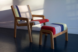 CW_CHAIR WITH OTTOMAN 1