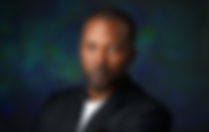Portrait de profil d'un homme noir