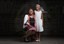 Famille de noire maman et sa fille