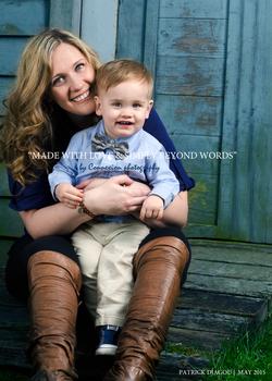 Famille blanc maman et enfant
