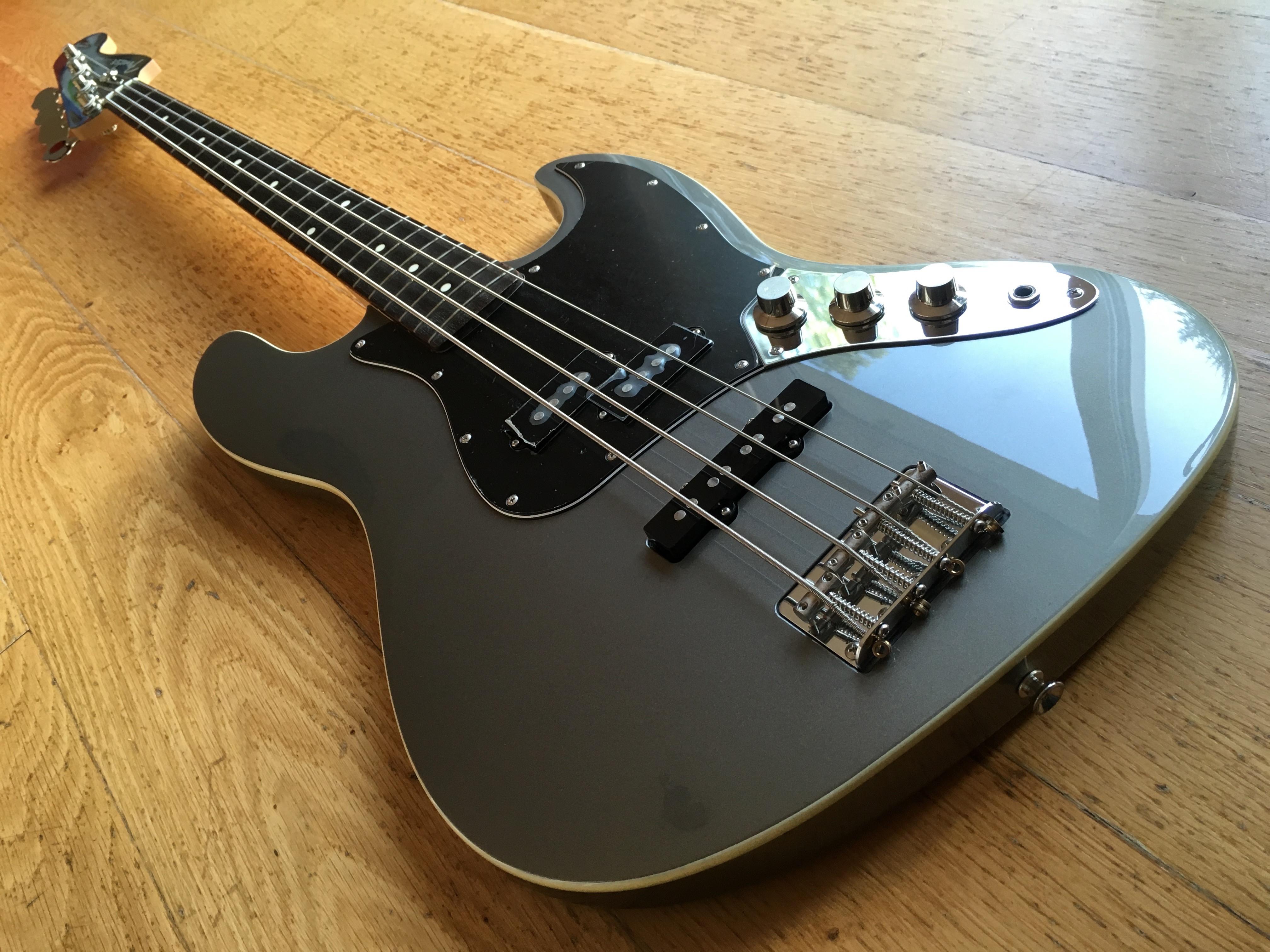 Fender Aerodyne Jazz Bass Dolphin Grey W Matching Headstock MIJ JD Serial 2012