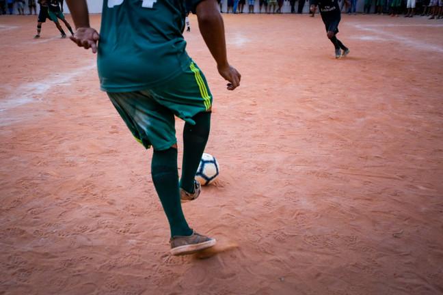 Bola atrás das grades - Campeonato de Futebol do presídio de Igarassu