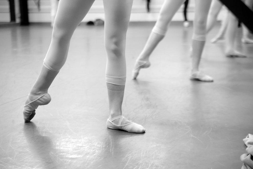 Ballet8_3329-BW.jpg