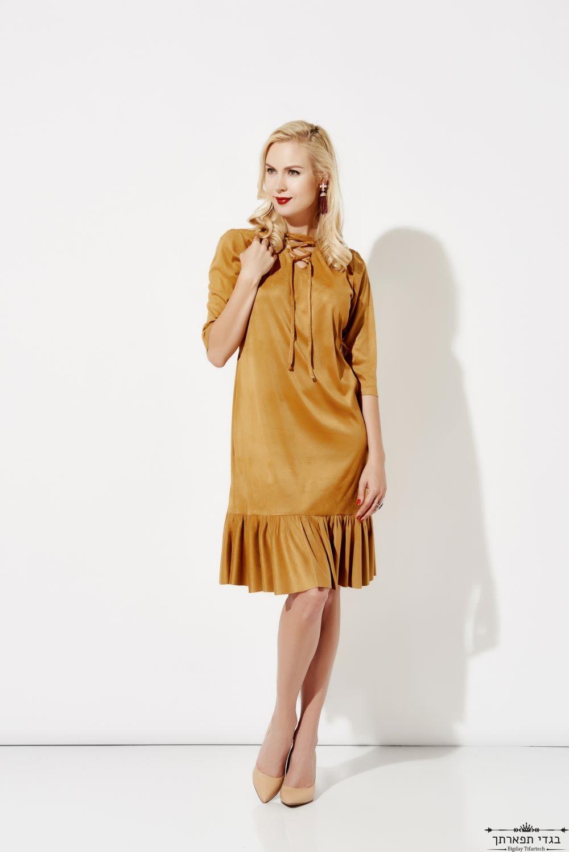 שמלת זמש בצבע קאמל