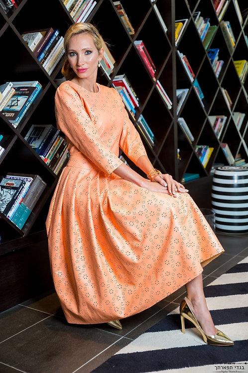 שמלת עור כתומה פרחוני