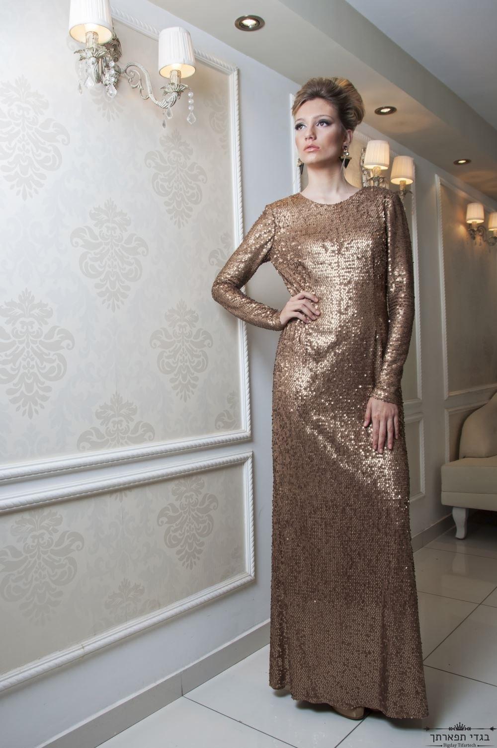 שמלת פאייטים