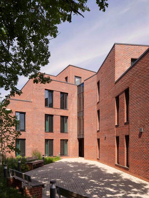 Host. Student Apartments, Selly Oak