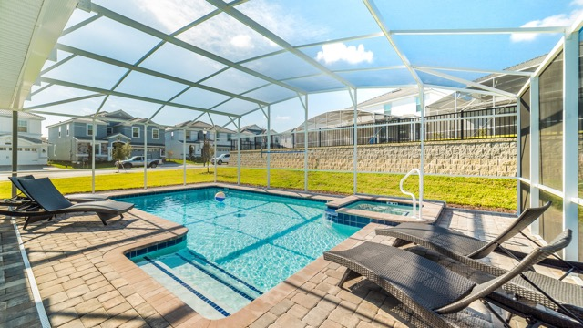www.ChampionsGateFlorida.com Rental Home Pools - 4