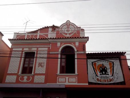 Vaga Masculina em República Casarão - Centro - SJDR