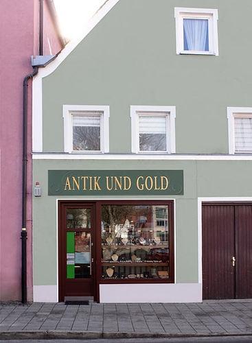 fassade_antik-und-gold.jpg