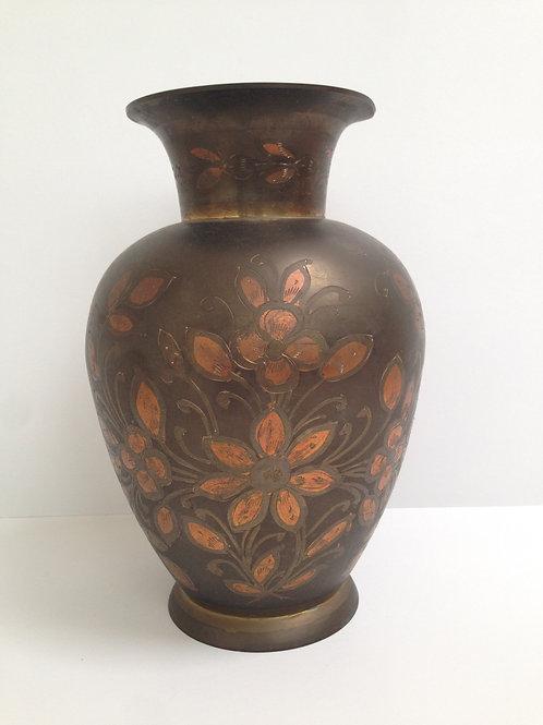 Stalen decoratieve vaas , pot handbewerkt