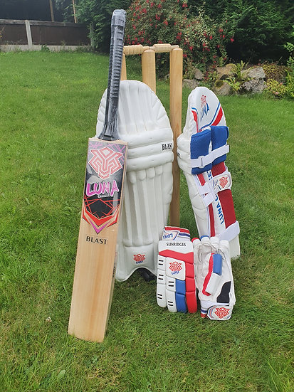 Luna Cricket Standard Kit Bundle