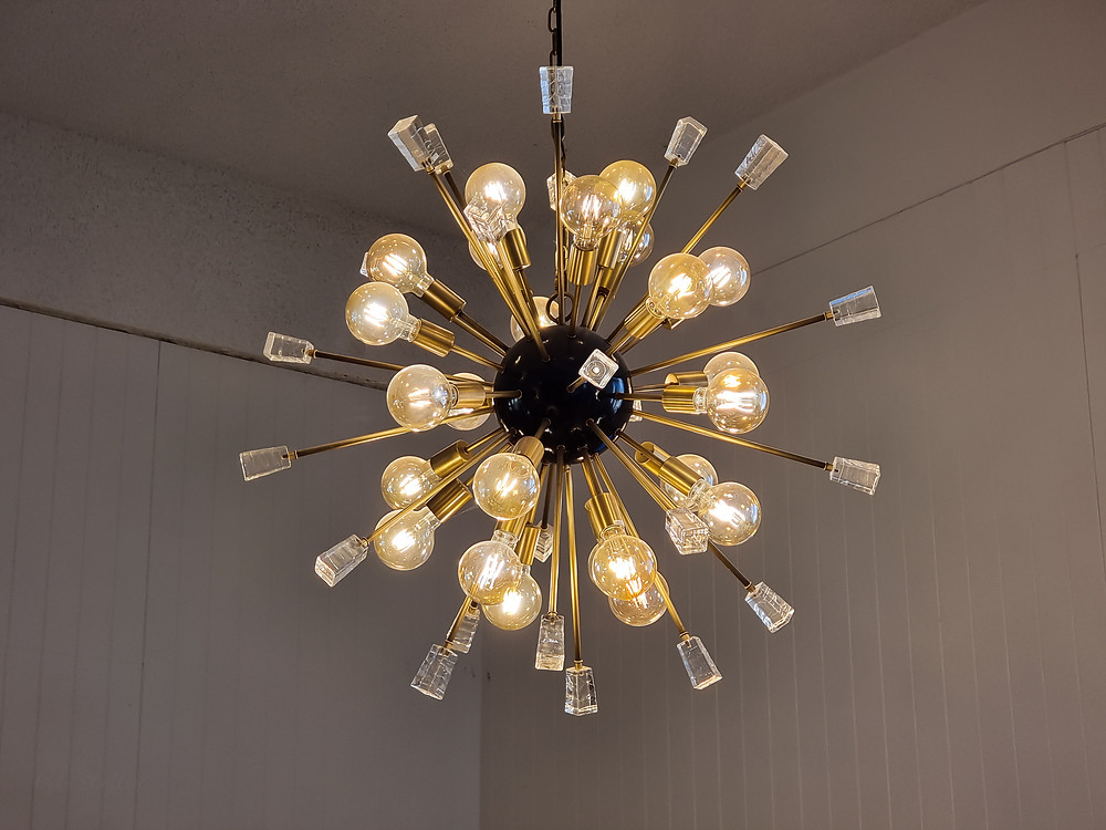 Light Over Reception Desk - Newcastle Accommodation
