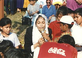 Iveta Fernandes praying the Rosary at Mt. Batim in the early years of the Apparition of the Blessed Virgin Mary